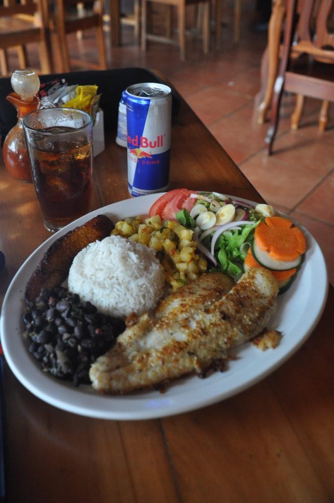 food marino ballena restaurant
